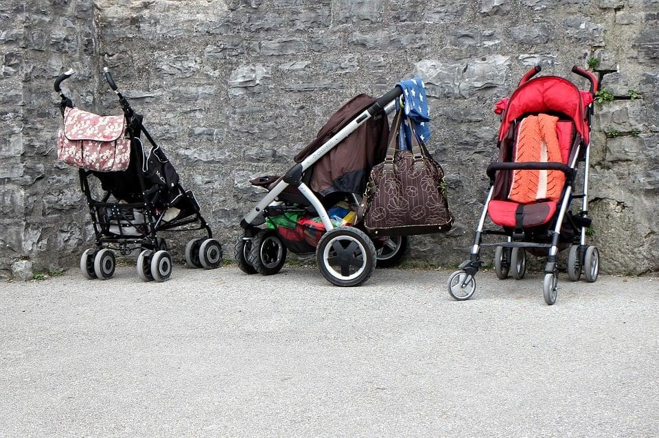 Barnevogne med på tur – vælg den rigtige