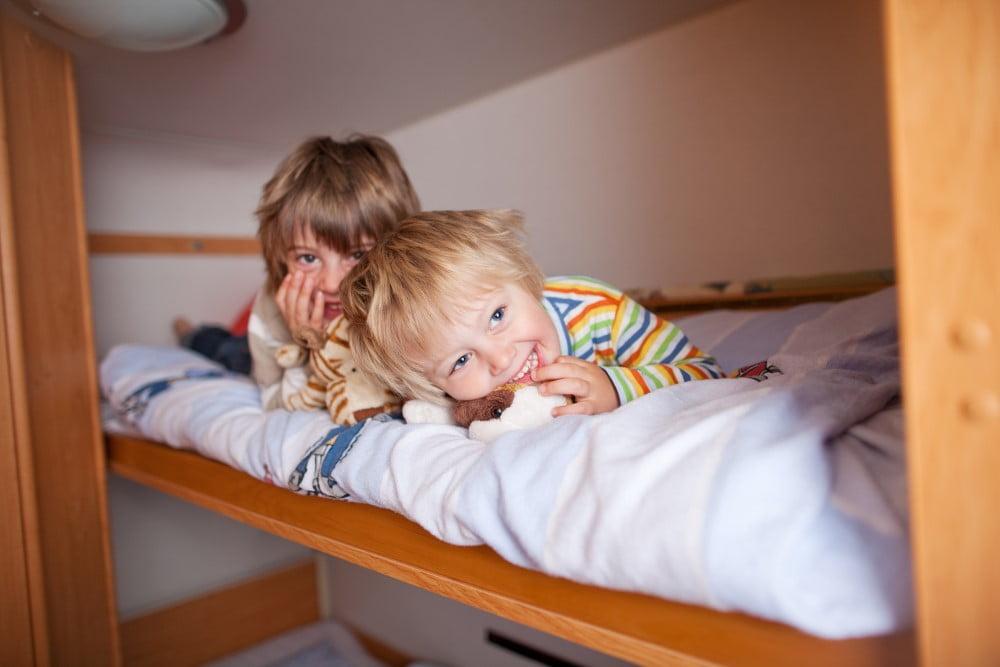 Derfor elsker børn at sove i køjesenge